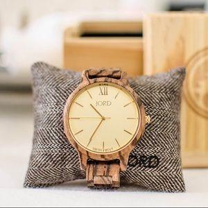 Jord Wood Watch (Frankie - Zebrawood & Champagne)